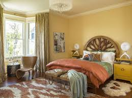 How to Decorate a Bedroom to Show Your Personality