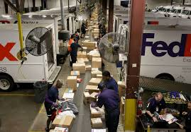 Fedex Sort Observation Fedex Workers Race To Meet Record Demand Houston Chronicle