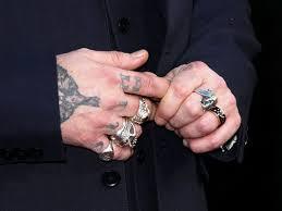 джонни депп изменил татуировку посвященную эмбер херд звезды и