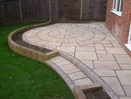 super small garden patio ideas paving