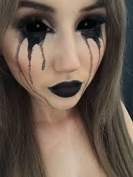 makeup ideas with black lips and black eyes