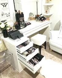 makeup desk ideas best makeup tables ideas on makeup desk makeup roomakeup vanity desk