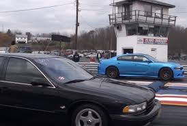 Dodge Charger Hellcat Drag Races 1995 Chevy Impala SS, America ...