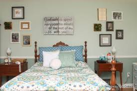 rustic farmhouse bedroom decor get great ideas here for a rustic farmhouse bedroom on