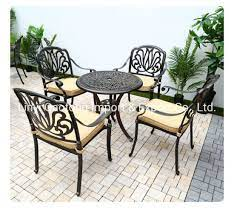 bistro table chairs