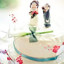 wedding cakes articles wedding planning hitched com au Wedding Cake Toppers Brisbane Queensland cake topper ideas Romantic Wedding Cake Toppers