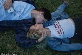 Two lesbian teens 1