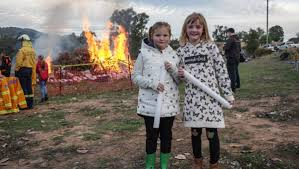 A crackling good time at the Wyangala Queen's Birthday fireworks | Cowra  Guardian | Cowra, NSW