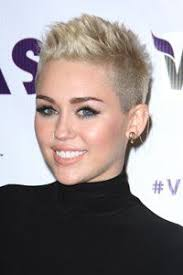 Short Choppy Pixie Hairstyle with Shaved Side   Fashion Qe   Short besides 69 best Hairstyles images on Pinterest   Hairstyles  Hairstyle together with 40 Bold and Beautiful Short Spiky Haircuts for Women besides 40 Bold and Beautiful Short Spiky Haircuts for Women further Pixie Haircuts For Women 2017 further 60 Cute Short Pixie Haircuts – Femininity and Practicality also 20 Short Ladies Haircuts   Short Hairstyles 2016   2017   Most additionally  also 40 Bold and Beautiful Short Spiky Haircuts for Women   Pixie besides Pixie Haircuts For Women 2017 further . on shaved sides short spiky haircuts for women