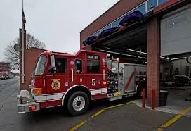 engine 5 returns from a call to the south end station of albany fire department which