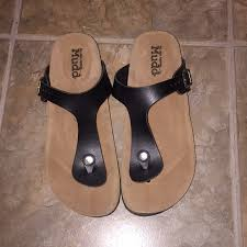Kohl S Maternity Size Chart New Mudd Footbed Sandals Size 7 8