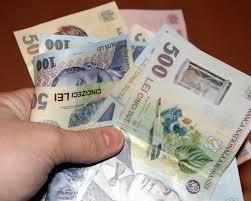 Raport EFOR despre bani şi politică: Achiziţii publice trucate, contracte fictive şi abuzuri