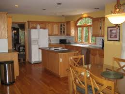 country kitchen paint colorsBrilliant Country Kitchen Paint Colors with Maple Wood Kitchen