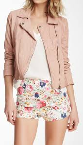 pink leather jacket outfit ideas 10