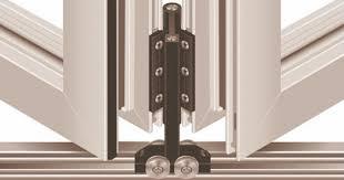 cross section of visofold 1000 bifold door ilrating installation support