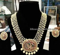 light weight pearl necklace with ruby pendant