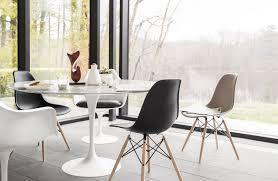 living elegant tulip marble table 10 pd saarinen dining round design within reach lang en us