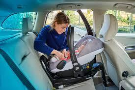 travel safely with your newborn bébé