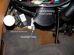 240 1985 headlight relay location turbobricks forums it should be located on or near the firewall above the driver s toes left side remove the knee bolster headlight relay