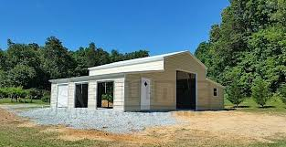 carolina style barn enclosed all around two 6x6 garage doors rolled up two 10x10