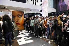 Rihanna Net Worth Heres How Much The Singer Makes Money