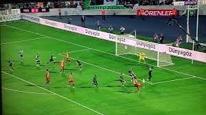 Selçuk 26.dk da kaçan penaltı