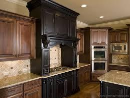 #Kitchen Idea Of The Day: Old World Style Range Hood