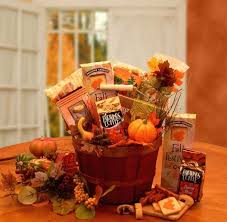 autumn s bountiful harvest gift basket love this basket thinking of doing a pumpkin theme for joanne s birthday present this year
