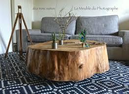 Un Table En Rondin De Pin D Un M Tre Barbatruc Et R Cup