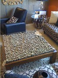 coffee table upcycle wine cork table