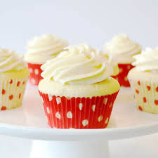 Vanilla Cupcakes With Buttercream Frosting Recipe Land Olakes