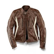 whether in the city or touring the doubler jacket makes sure that motorbike fans always cut a fine figure with light leather s emphasising the