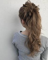 夏のお呼ばれヘアに最適華やかパーティーポニーアレンジ8選