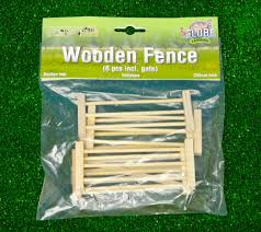 home farm accessories kids globe wooden gate and fence set 1 32 scale
