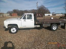 GMC Chevy 1 Ton 4x4 Dually V3500