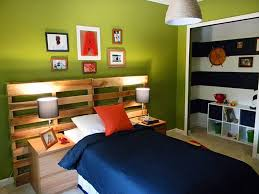 Lamps For Boys Bedrooms Green Wall Room With Pictures Combined With Brown Wooden Bed With