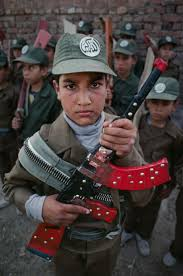 17 best images about child iers of war worldwide child iers steve mccurry