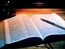 Resultado de imagem para imagens da bíblia sagrada