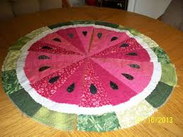 261 best quilt fruit images on Pinterest | Fruit, Picasa and Patchwork & watermelon table runner pattern | More Watermelons Adamdwight.com