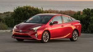 2017 Toyota Prius Review & Ratings | Edmunds