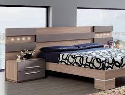modern wood headboard style