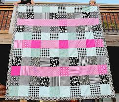 Simple Square Quilt Patterns Inspiration 48 Beginner Quilt Patterns And Tutorials On Polka Dot Chair