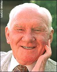 Rest in peace: Bill Nicholson. By Simon Hart. 12:01AM BST 24 Oct 2004 - sport-graphics-2004_733629a