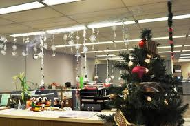 christmas decoration ideas for office. Contemporary Christmas Simple Office Christmas Decoration Ideas Throughout For S