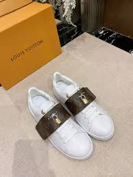 Designer Fashion Sneakers 2019 Brand Designer Fashion Women Shoes Casual Platform Sneakers Frontrow Sneaker With Box Women Shoes Leather Big Size Rivoli Sneaker From Olivia002