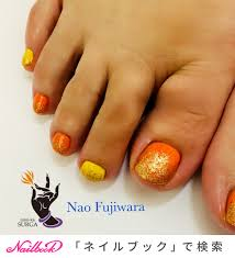 ワンカラーオレンジマニキュアのネイルデザインネイルブック