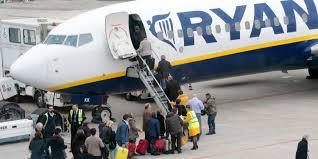 Forte vento, dirottato a Roma il volo per Varsavia ...