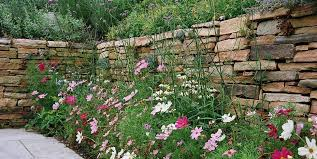 farmhouse landscaping dos don ts