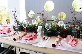 white table settings. Red And White Christmas Table Styling Ideas On A Budget Settings
