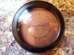 <b>MAC</b> - Deep Dark Mineralized Skin Finish for contouring | <b>Deep set</b> ...